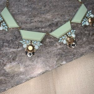 Francesca's Collections Jewelry - 🧚♂️ Statement piece Necklace 🧚♂️